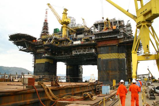 Indústria naval prevê retomada ainda em 2018